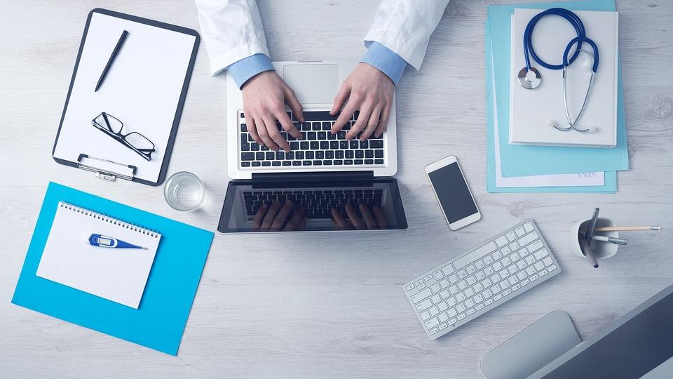 Praxismarketing-Warum-auch-aerzte-das-Internet-unbedingt-nutzen-sollten-healthexpertsnet2