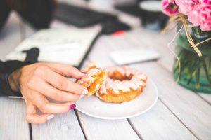 der-frauenkoerper-was-aendert-sich-mit-30-healthexperts-net-cake