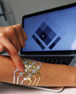 duoskin-high-tech-tattoos-steuern-elektronische-geraete-healthexperts-net-trackpad