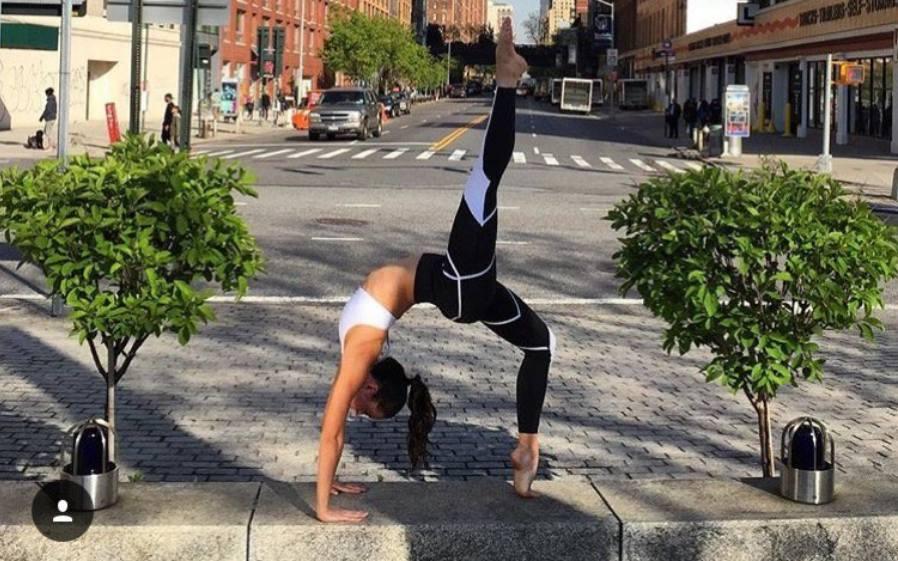 nadi-x-vibrierende-leggings-fuer-die-perfekte-yoga-pose-healthexperts-net2