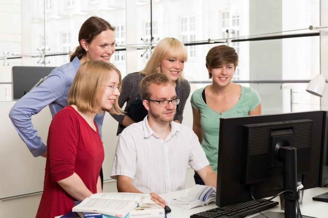 online-plattform-uebersetzt-befunde-healthexperts-net
