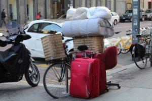 wellness-hotels-was-die-gaeste-gerne-mitgehen-lassen-healthexperts-net-koffer